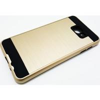 Zore Samsung Galaxy A7 Zore 2016 Serisi Gold Siyah Silikon Kılıf