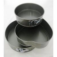 Vip Fame Kitchen Teflon 3'lü Yuvarlak ve Kalp Şekilli Kek Kalıbı Seti YT-63