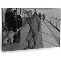 Fotografyabaskı Atatürk Ve Manevi Kızı Ülkü Tablosu 75 Cm X 50 Cm Kanvas Tablo Baskı