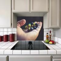 Kokmaz Bulaşmaz Silinebilinir Mutfak Avuç Üzümler Sticker 58 x 52 cm