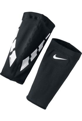 Nike Se0173-011 Guard Lock Elıte Sleeves Futbol Tekmelik Konçu