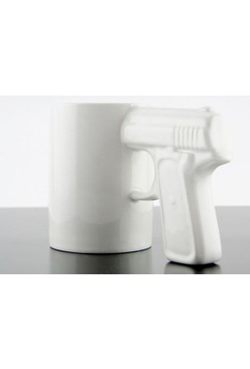 Silah Tasarımlı Kupa Beyaz