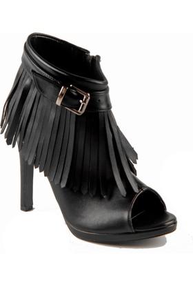 İnce Topuk Siyah Platform Ayakkabı