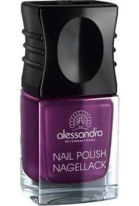 Alessandro Nail Polish Pearly Violett 10 ml.