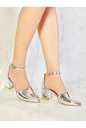 Mecrea Exclusive Carson Gümüş Ayna Dekolte Topuklu Ayakkabı