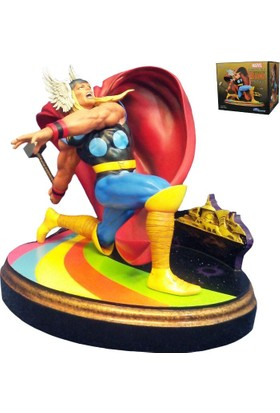 Diamond Select Marvel Premier Collection: Thor Statue