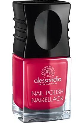 Alessandro Nail Polish Berry Red 10 ml.