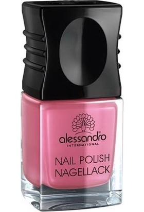 Alessandro Nail Polish Shiny Strawberry 10 ml.