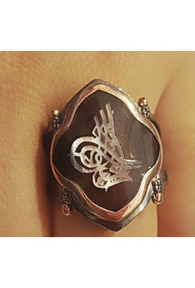 Tyelo Takı, Gümüş Kaplumbağa Kabuğu Üzerine Sedef Tuğra İşlemeli Özel Yüzük