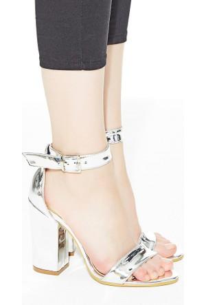 Mecrea Exclusive Roselyn Gümüş Ayna Kalın Topuklu Sandalet