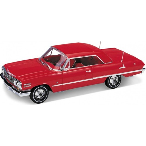 Welly 1:18 1963 Chevrolet Impala