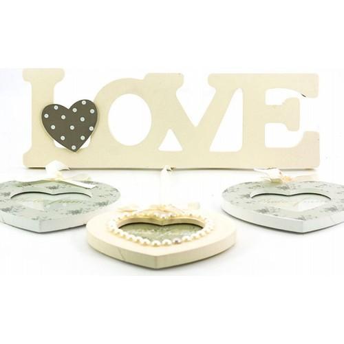 Decotown Love Yazılı 3'lü Kalp Ahşap Fotoğraf Çerçevesi