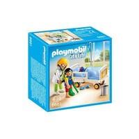 Playmobil Hasta Yatağındaki Çocuk Doktoru