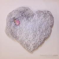 Handan Bebek Altın Takı Yastığı Gümüş Simli Bebek Kalp Pembe