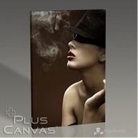 Pluscanvas - Woman Smokes Tablo