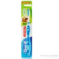 Oral-B Diş Fırçası 3 Etki Doğal Ferahlık 40 Orta