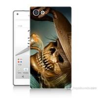 Teknomeg Sony Xperia Z5 Pipolu Kurukafa Baskılı Silikon Kılıf