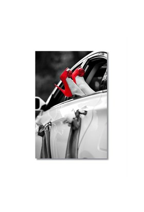 Tictac Kırmızı Ayakkabılar Kanvas Tablo - 60X90 Cm