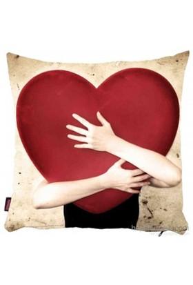 Bengü Accessories Kalp Desenli Dekoratif Yastık