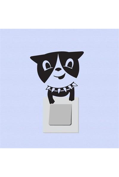 Modelce Sevimli Köpek Priz Sticker