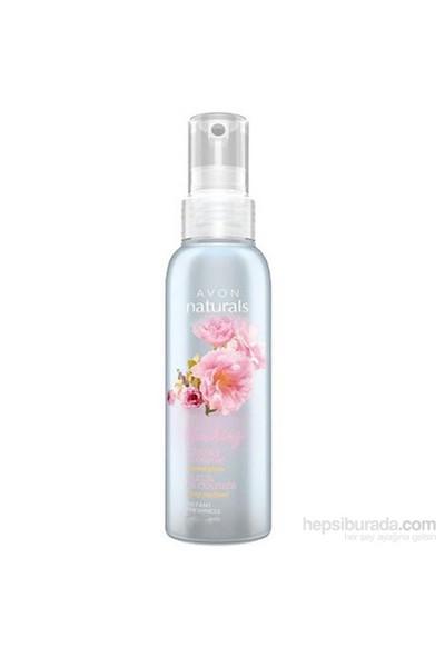 Avon Kiraz Çiçeği Özü İçeren Canlandırıcı Sprey