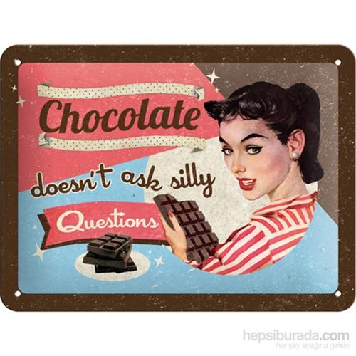 Chocolate Doesn' T Ask Metal Kabartmalı Pin Up Duvar Panosu