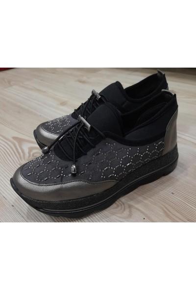 Ada Günlük Kadın Ayakkabısı
