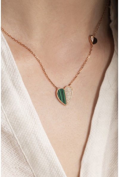 Lili Pırlanta Kadın 925 Ayar Gümüş Yeşil Kalpli Kolye GKL00074-025