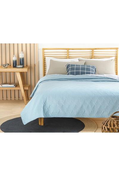 English Home Deltoid Çift Kişilik Çok Amaçlı Yatak Örtüsü 200 x 220 cm. Mavi