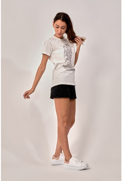 By Tümer Kaplan Baskılı Beyaz Kadın Tişört