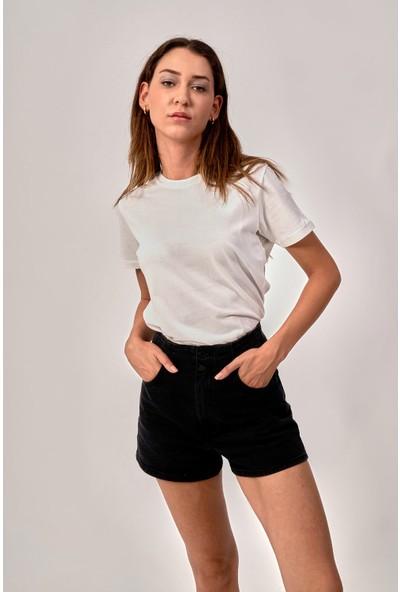 By Tümer Baskısız Beyaz Kadın Tişört