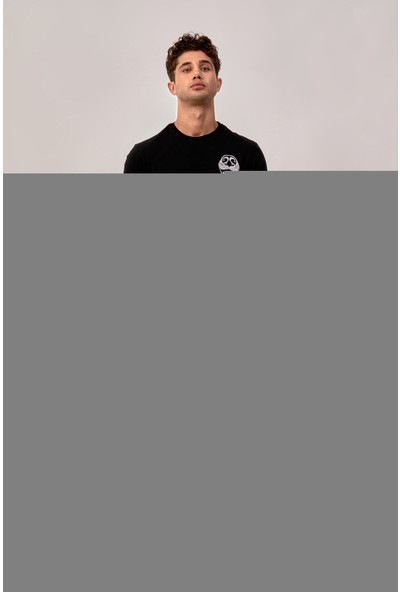 By Tümer Kurt Ağzı Nakışlı Siyah Erkek Tişört