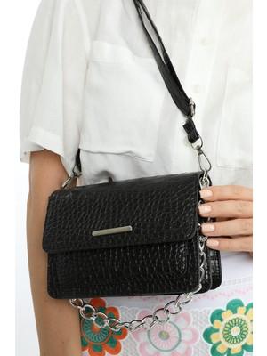 Madamra Siyah Kroko Kadın Zincirli Mini Kutu Çanta