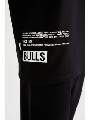 DeFacto NBA Chicago Bulls Lisanslı Regular Fit Pamuklu Jogger Eşofman Altı U9852AZ21AU
