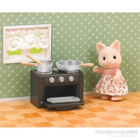 Sylvanian Families Cat Sister W Oven