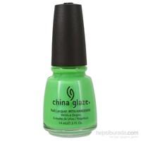 China Glaze 1009 - In The Lime Light Oje