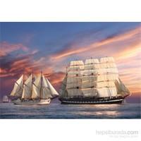 Castorland 500 Parça Puzzle Sailing At Sunset