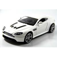 Motormax 1:24 Aston Martin V12 Vantage -Beyaz Model Araba