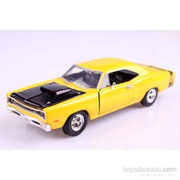 Motomax 1969 Dodge Coronet Super Bee 1/24 Die Cast Model Araç