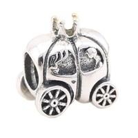 Angemiel Araba Figürlü Gümüş Charm İle Kendi Tarzını Yarat