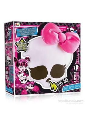 IMC Toys Monster High Kurukafa Sırdaş Günlük