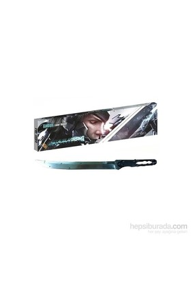 Metal Gear Rising Revengeance Raiden Mini Sword