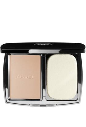 Chanel Recharge Vitalumiere Compact Douceur Beige B30