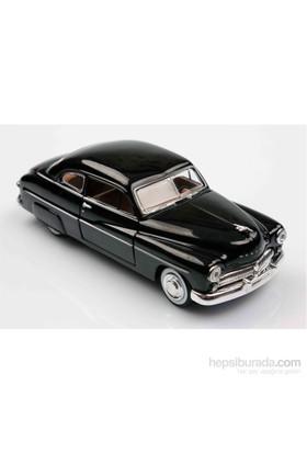 Motomax Siyah 1949 Mercury Coupe 1/24 Die Cast Model Araç