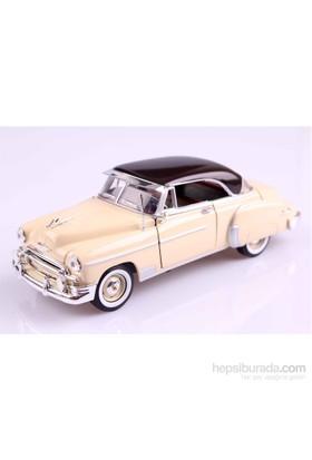 Motomax 1950 Chevy Bel Air 1/24 Die Cast Model Araç