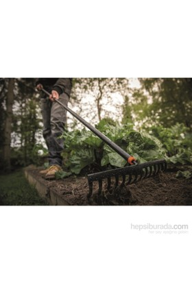 Fiskars 135715 Solid Bahçe Tırmığı