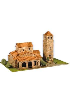 Domus Kits Sta. Maria de Lebena
