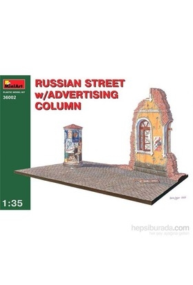 Russian Street W/Advertising Column (Ölçek1:35)