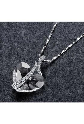 Monemel Şeffaf Swarovski® Taşlı Gümüş Kalpli Kolye