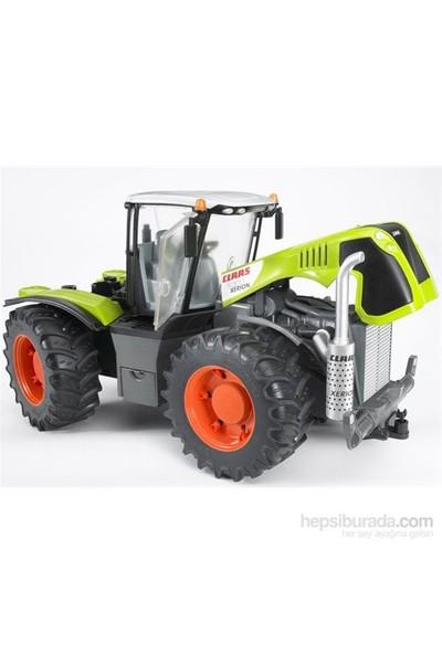 Bruder Class Xerion 5000 Traktör BR03015